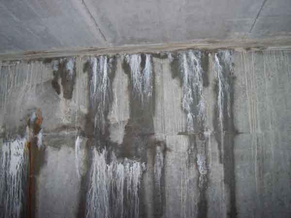 infiltrazioni d'acqua da riprese di getto