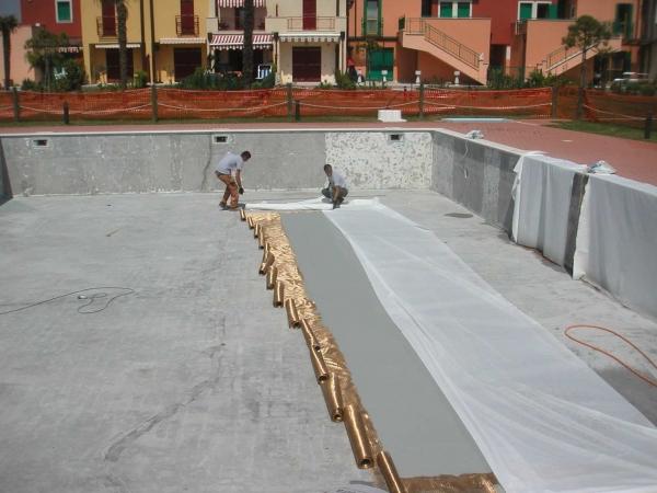 rinforzo e consolidamento piscina con fibre di carbonio PETRA