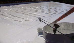 applicazione di STRATOFLEX-RPF membrana liquida impermeabile a base di poliurea a freddo bicomponente
